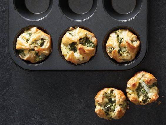 spinach and feta cheese bread rolls